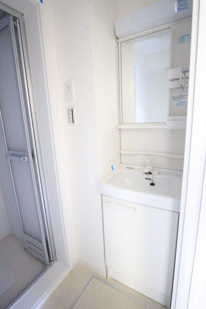 フローラ・テラス202洗面化粧台