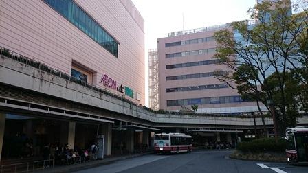 新百合ヶ丘駅 バスロータリー