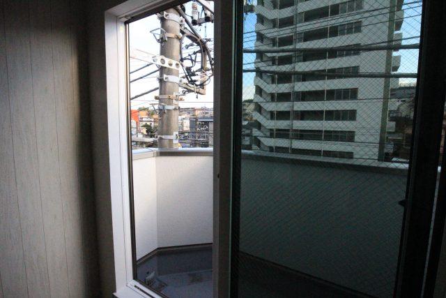 フローラ・テラス 301号室 バルコニー