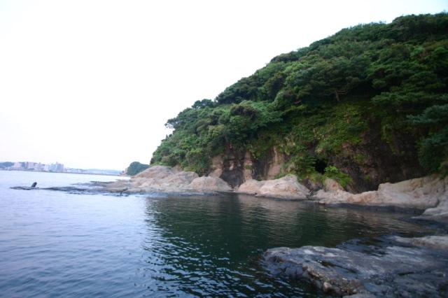 裏 江の島 海岸