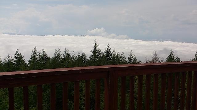 雲を上から見る