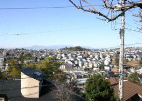 【富士山を望む眺望】中古戸建て 細山1丁目 ひろーいお庭 2,380万円【専任】
