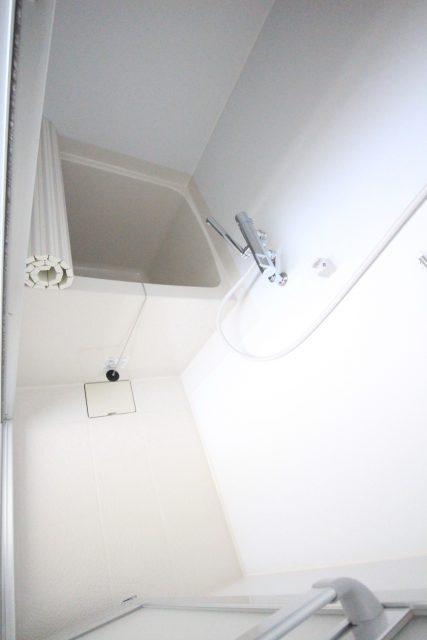 フローラ・テラス302 浴室