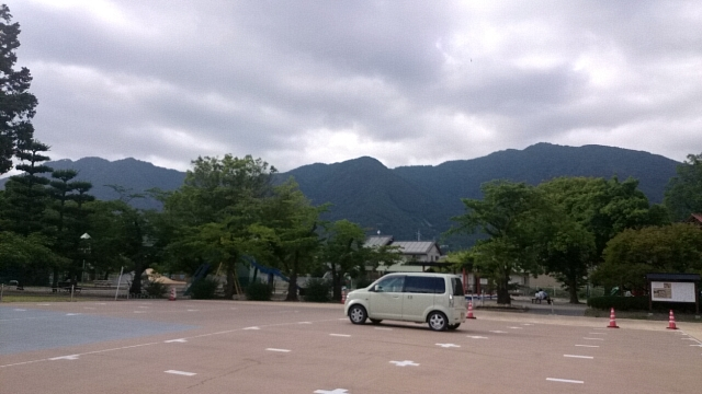 上田城跡公園 駐車場