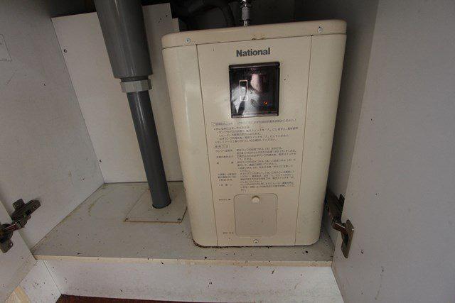 第二野村ビル301 キッチン 電気温水器