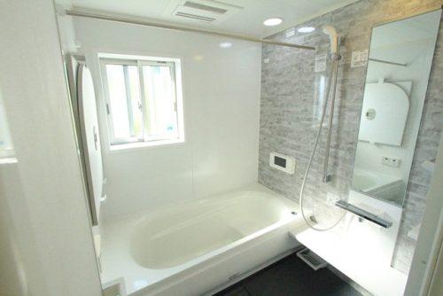 戸建て 上瀬谷 浴室