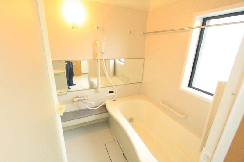 戸建て 大蔵町 浴室